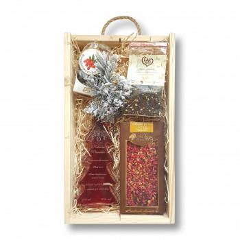 Zestaw świąteczny z malinową nalewką w kształcie choinki