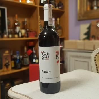 Winnica Vae Soli - Regia 0,75l