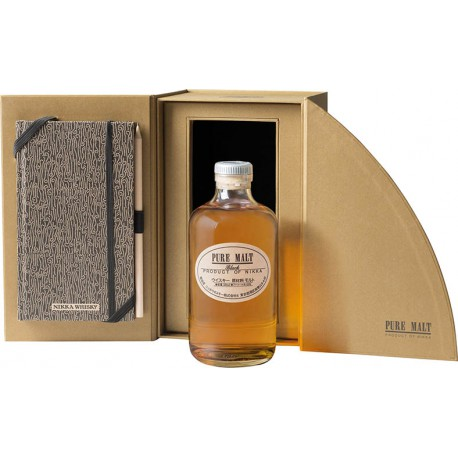 Nikka Pure Malt Black + Notes