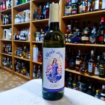 Winnica Julia- Młode wino