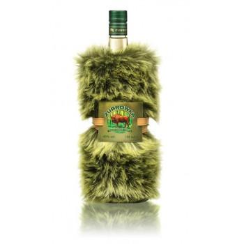 Żubrówka Bison Grass w ubranku- zielonym